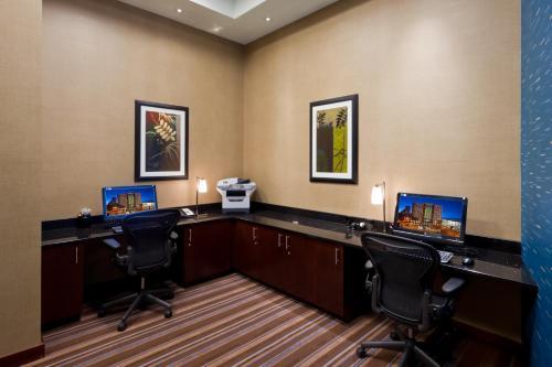 Embassy Suites Denver Downtown Convention Center - Denver, CO 80202