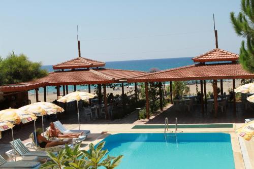 Kızılot As Queen Beach Hotel tek gece fiyat
