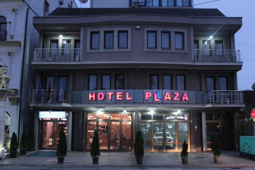 HotelHotel Pllaza