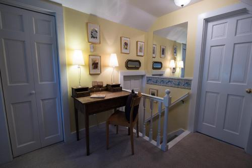 Admiral Peary Inn Bed & Breakfast - Fryeburg, ME 04037
