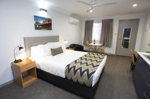 Altitude Motel Apartments