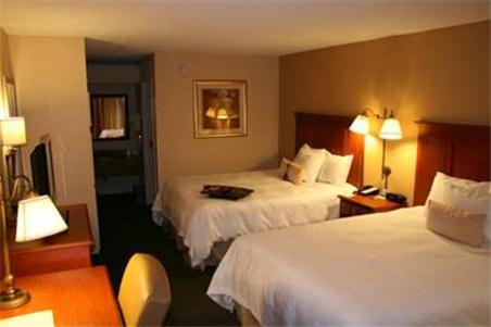 Hampton Inn & Suites Macon I-475 - Macon, GA 31206