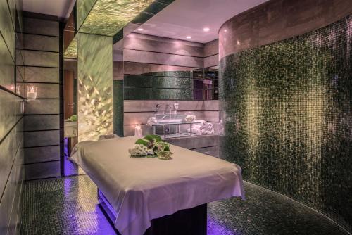 Rome Cavalieri, Waldorf Astoria Hotels and Resorts photo 75