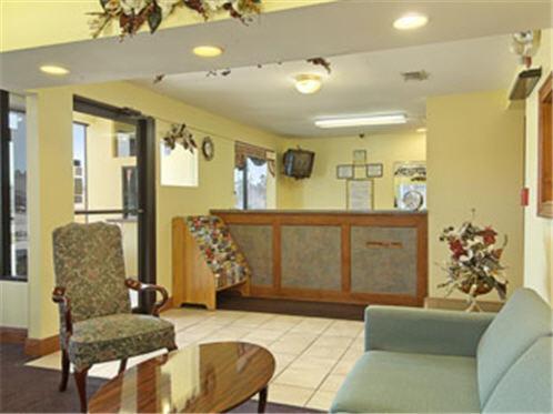 Days Inn By Wyndham Ocean Springs - Biloxi, MS 39564