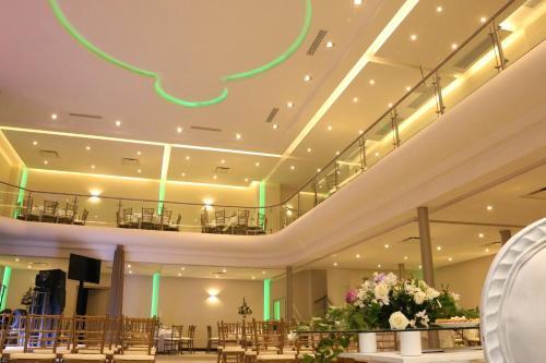 Hotel Plaza Inn Photo