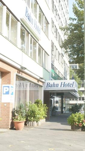 Bahn-Hotel photo 35
