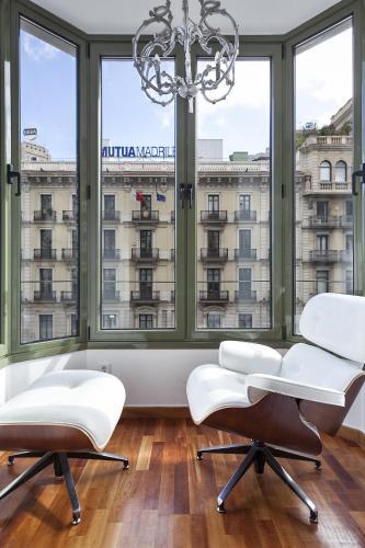 Uma Suites Luxury Downtown photo 34