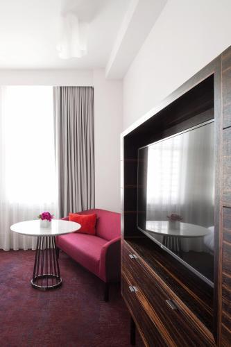 21c Museum Hotel Lexington - Lexington, KY 40507