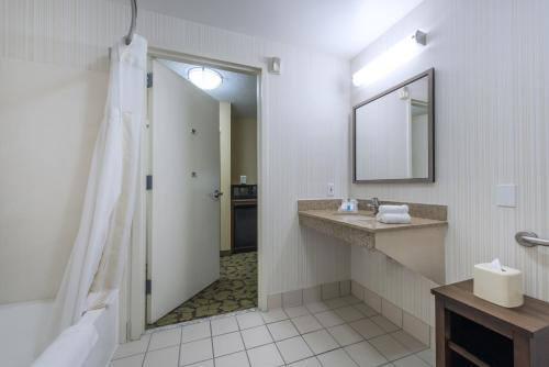 Hilton Garden Inn Arcadia/Pasadena Area Photo