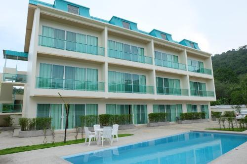 Condor Apartment