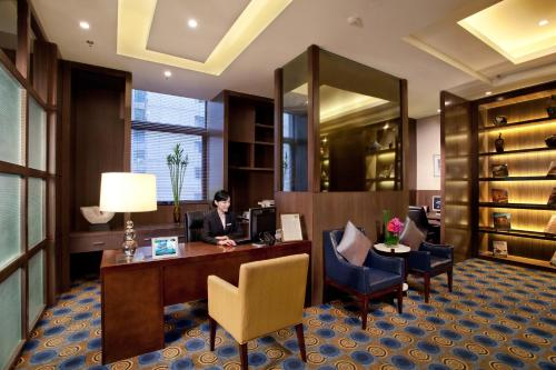 Courtyard By Marriott Shanghai Xujiahui photo 11
