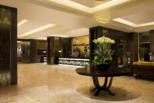 Courtyard By Marriott Shanghai Xujiahui photo 19