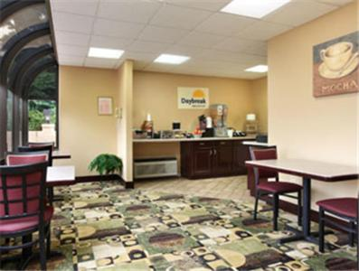 Days Inn Harriman Photo