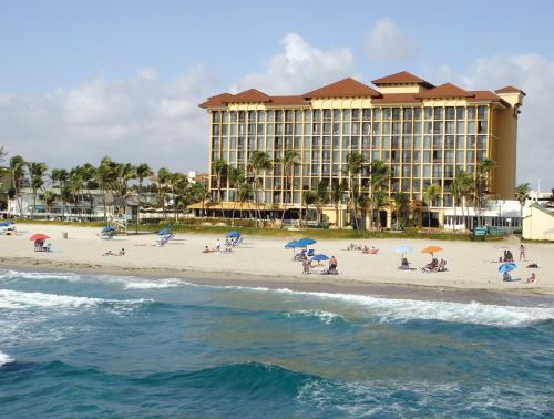 Wyndham Deerfield Beach Resort Hotel