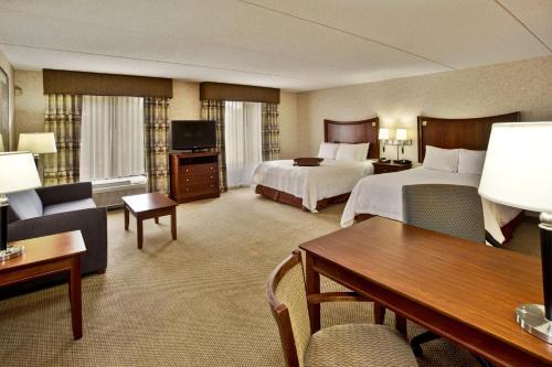 Hampton Inn & Suites Richmond/Virginia Center photo 2