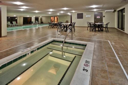 Hampton Inn & Suites Richmond/Virginia Center photo 8