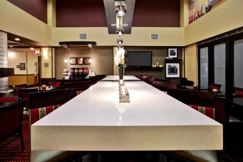 Hampton Inn & Suites Richmond/Virginia Center photo 20