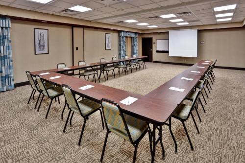 Hampton Inn & Suites Richmond/Virginia Center photo 21
