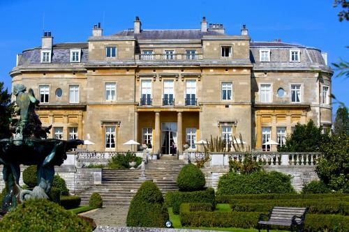 The Mansion House, Luton,  Bedfordshire, LU1 3TQ.