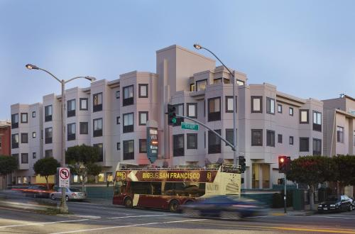 Buena Vista Motor Inn - San Francisco, CA 94123
