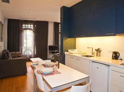 Las Ramblas Suites photo 32