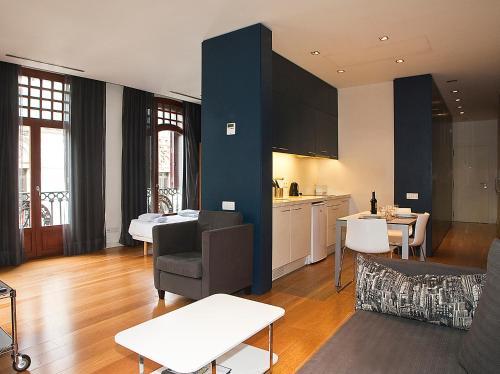 Las Ramblas Suites photo 35