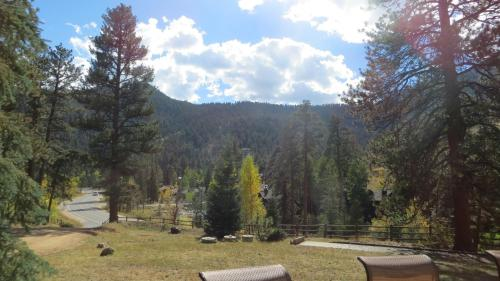 Amberwood - Estes Park, CO 80517