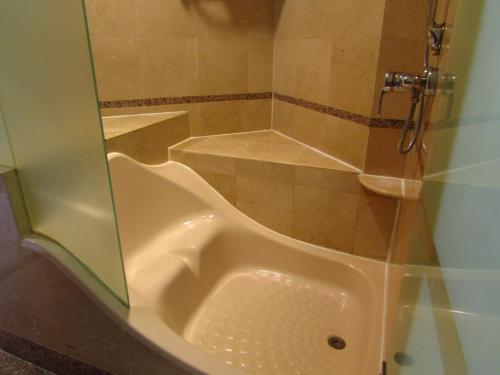 Alocassia Serviced Apartments photo 16