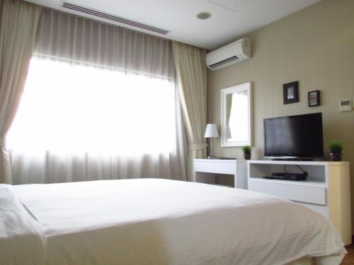 Alocassia Serviced Apartments photo 19