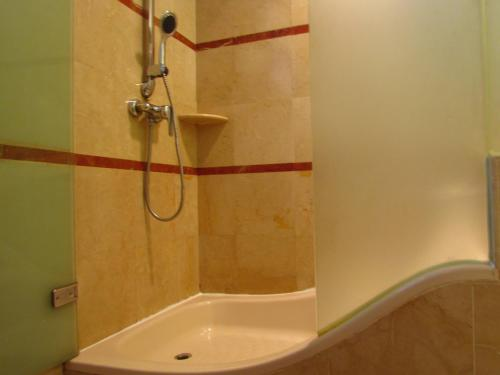 Alocassia Serviced Apartments photo 38