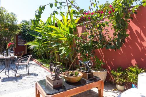 Pousada Pontal Gardens Photo
