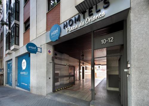 Cuesta San Vicente, 10-12, 28008 Madrid, Spain.