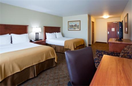 Holiday Inn Express And Suites Mason City - Mason City, IA 50401