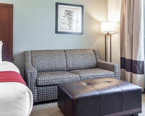 Comfort Suites Airport Tukwila - Seattle, WA 98188