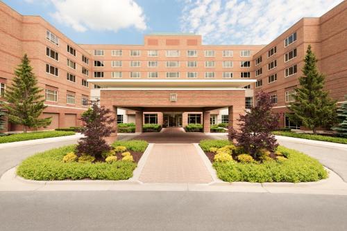 The H Hotel - Midland, MI 48640