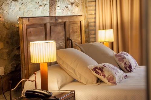 Habitación Doble Deluxe con chimenea - 1 o 2 camas Hotel La Freixera 4