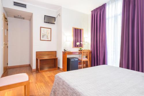 Hotel Cortes photo 32