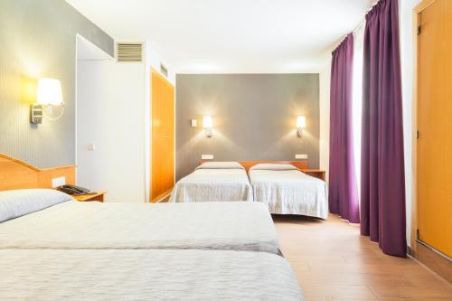 Hotel Cortes photo 39