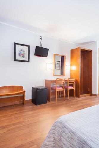 Hotel Cortes photo 44
