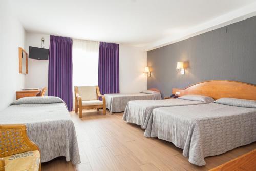 Hotel Cortes photo 51
