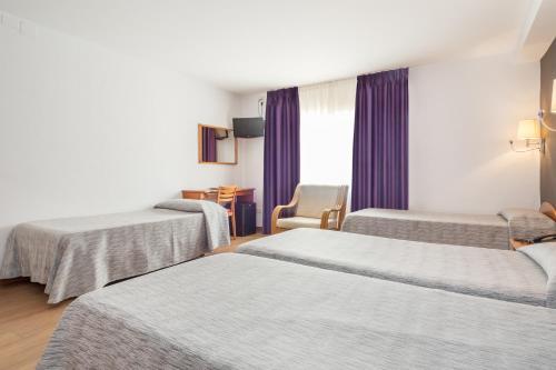 Hotel Cortes photo 53