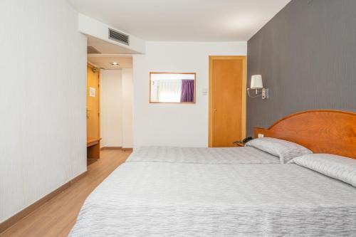Hotel Cortes photo 61