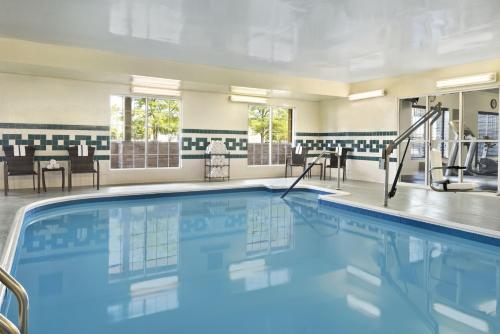 Country Inn & Suites by Radisson, Romeoville, IL Photo