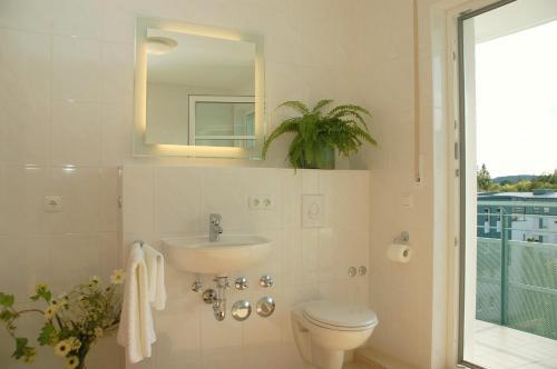 Sleutelkastje Met Spiegel : Btt serviced apartments regensburg germany. rates from eur103
