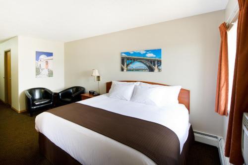 Riviera Motor Inn - Saskatoon, SK S7L 1H7
