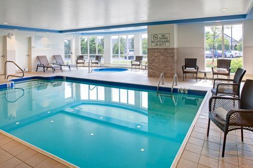 Hilton Garden Inn Toronto-Oakville Photo