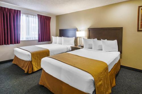 Quality Inn & Suites Springfield Photo