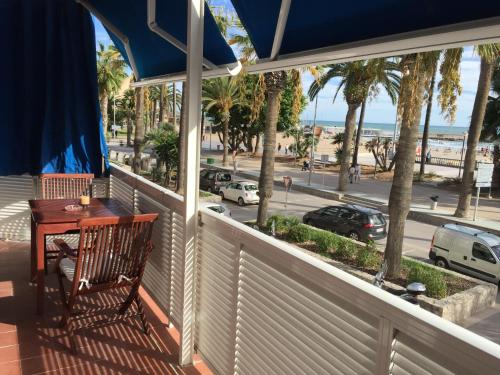 Sitges Seafront Apartment photo 6