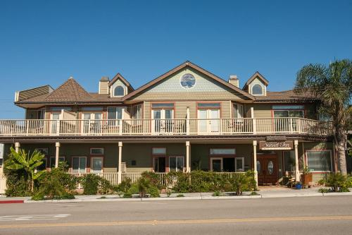 Cayucos Sunset Inn Photo