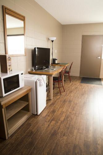 Sandstone Motel Photo